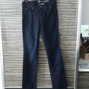 Seven jeans. Straight leg